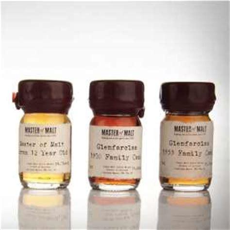 Calendrier De L Avent Homme Whisky L Enthousiasme Le Go 251 T Et L Esth 233 Tique Du Whisky Baxtton
