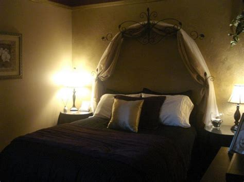 romantic bedroom decorating ideas on a budget bedroom romantic bedroom designs on a budget ideas