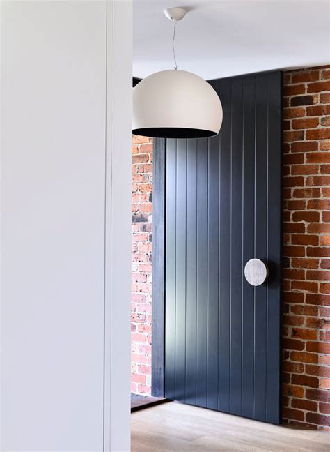 Oversized Front Door Front Door Idea Add An Oversized Handle To Draw Attention To Your Front Door Contemporist