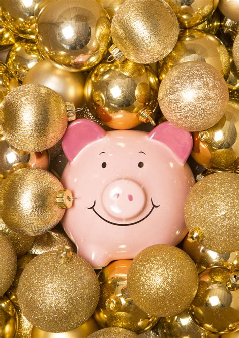 holiday spending tips livesaveshine