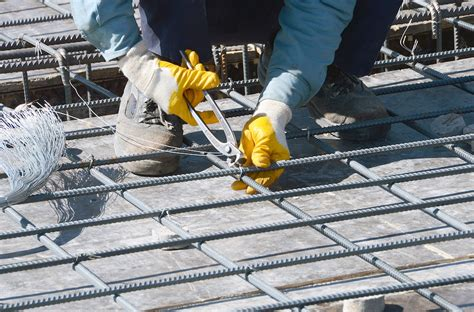 testing the safety of reinforced concrete beams with an
