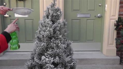 photos of atrificial christmas tress with snow flocking add snow to my artificial tree part 2