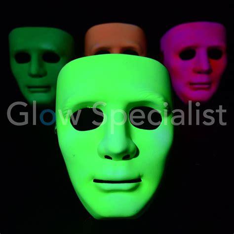 Masker Glowing uv neon masker glow specialist