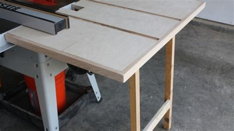 outfeed table built  scraps