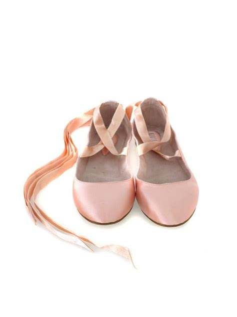 flats that look like ballet pointe shoes shoes that look like ballet slippers 28 images a pair
