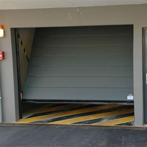 T De Garage by Porte De Garage Basculante En Acier Intro 2 Safir