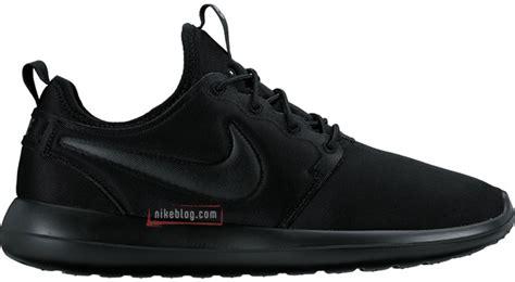 Nike Roshe Two Tone White Premium Original nike roshe two colorways sneakerfiles