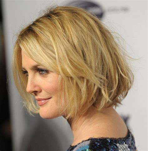 hairstyles for women with no chin chin length bob no layers with bangs good ideas