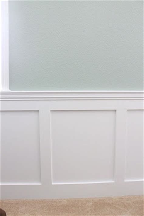 Flat Wainscoting Soft Blue Green W Flat Panel Wainscoting Color Ideas For