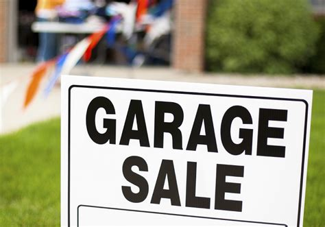 Craigslist Oc Garage Sales by Tips For Creating And Placing Garage Sale Signs