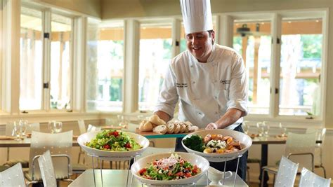 hotels with kitchen in los angeles