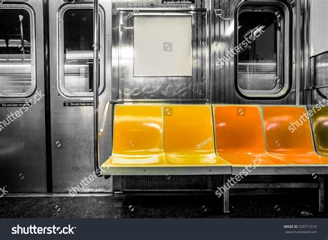 Metro New York Interieur by New York City Subway Car Interior Stock Photo 520711510