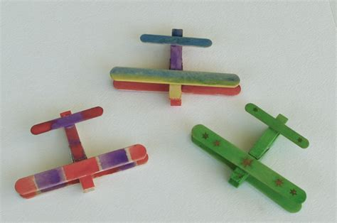 airplane craft projects passengers on a spaceship screen free week