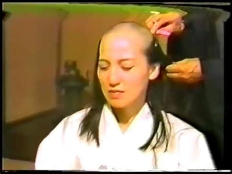 headshave japan 尼僧 剃髪得度式 日本人女性 japanese nun headshave youtube
