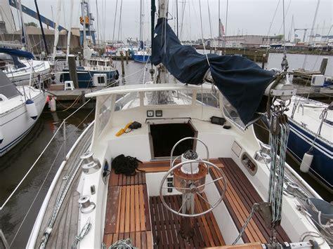 kajuitzeilboot huren ijsselmeer de zwaan kajuit zeilboot lemmer botentehuur nl