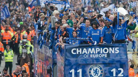chelsea parade chelsea parade chions league trophy