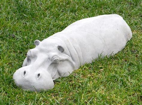 Fine Kitchen Knives Hippopotamus Garden Sculpture So That S Cool