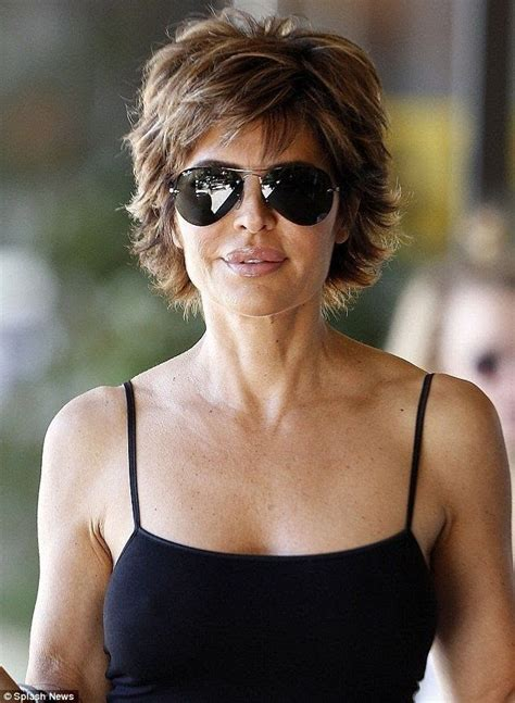 lisa rinna too thin 66 best lisa rinna hairstyle images on pinterest