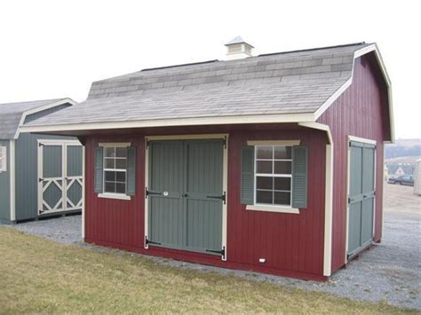 classic small barn  overhang  dutchcrafters amish