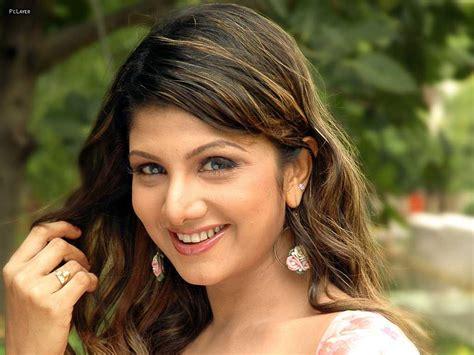 wanted bhojpuri film actress name rambha actress profile hot picture bio bra size