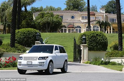 tyga new house kylie jenner and tyga spend the day looking at homes for sale in california daily