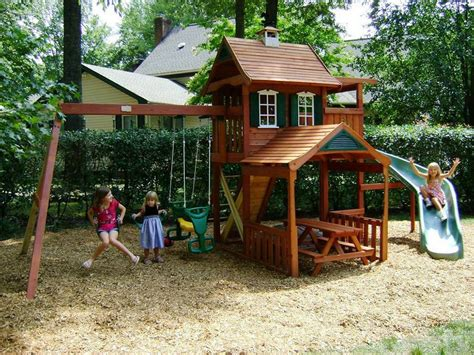 backyard play area for design idea and decorations