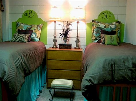 cute headboard ideas the old post road how to decorate a dorm room