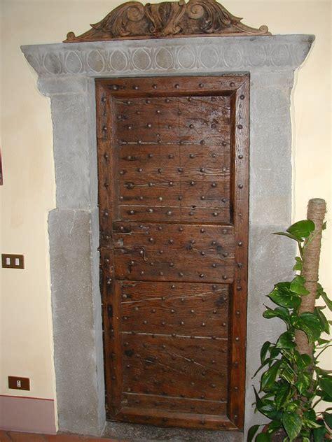antica porta titano softair porte antiche vendita confortevole soggiorno nella casa