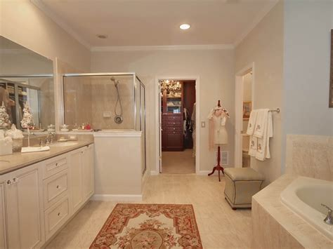 Air Shower Room 4 Orang by Bel Air Townhouse 4br 3 5 Baths With Floor Master