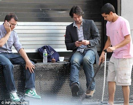 keanu reeves on a bench keanu reeves bench www pixshark com images galleries