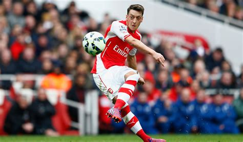 arsenal uk mesut ozil says injury played in his favour to rediscover