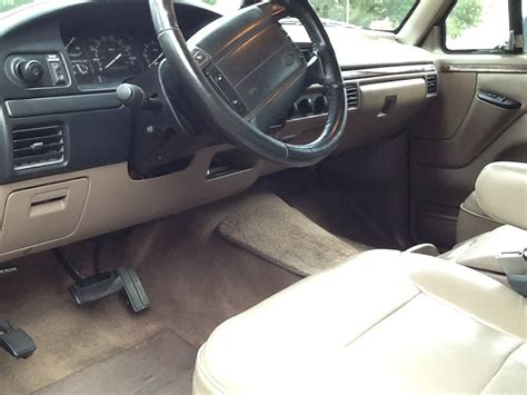 1996 Ford Bronco Interior by 1996 Ford Bronco Pictures Cargurus