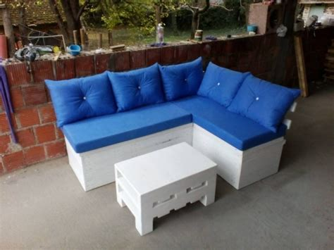 homemade sectional couch 35 super cool diy sofas and couches page 2 of 4 diy joy
