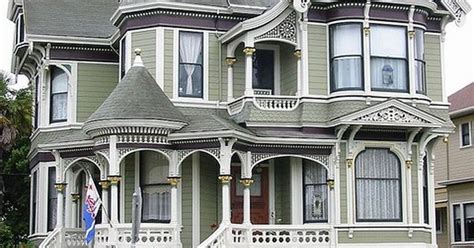 always wanted a wrap around porch up at the cabin i ve always wanted a victorian style home with a wrap