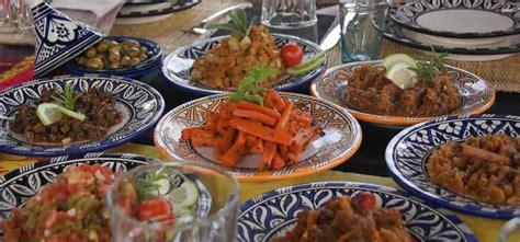 cuisine à emporter v 233 ritable couscous marocain 224 emporter ou livr 233 224 domicile