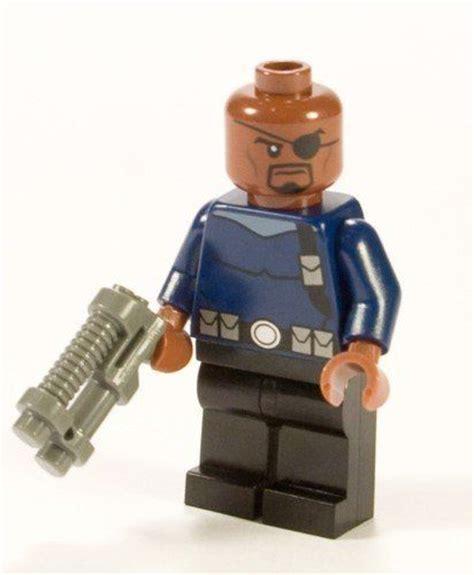 25 b 228 sta lego heroes id 233 erna p 229 lego f 246 delsedagsfest och lego marvel