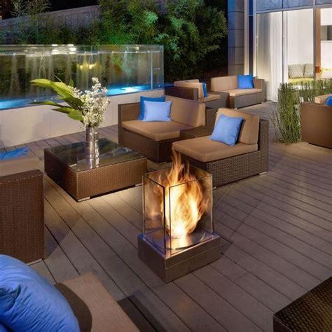 terrasse deko ideen mobile feuerstelle glas schutz - Feuerstellen Schutz