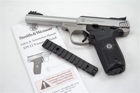 barrel 22 pistol we shoot the new smith wesson victory 22 lr pistol
