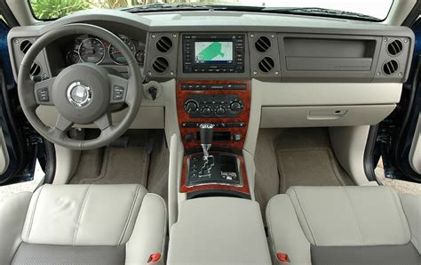 jeep commander inside 2006 jeep commander pictures cargurus