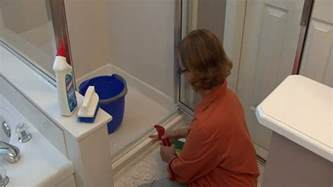 How To Clean The Shower Door How To Clean A Shower Steps To Clean Shower