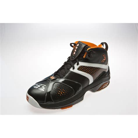 shaquille o neal basketball shoes shaquille o neal signed black basketball shoe