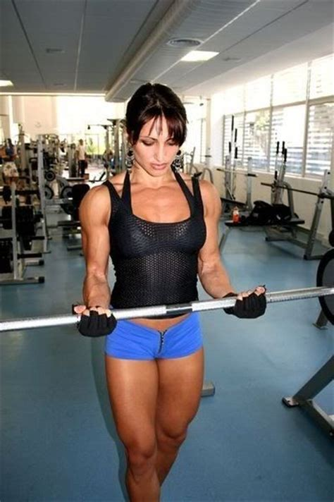 biceps beauty muscle part 43 guys u really need to see this sexy female body builders