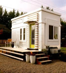 Modern Tiny Homes by A Refreshing And Unique Contemporary Style Tiny Home