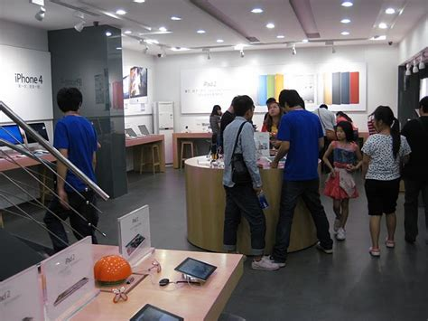 apple reseller bandung china fakes apple retail stores better than it fakes