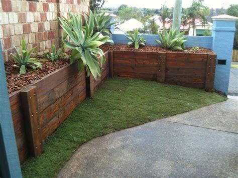 esempi di giardini piccoli simple muri legno giardino anteriore with esempi di