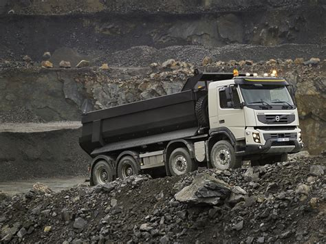 new volvo lorry new volvo fmx truck details and photos released