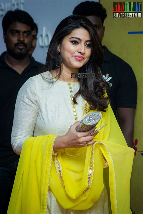 pictures gallery in pictures sneha at the launch of swans ind shoe line silverscreen in