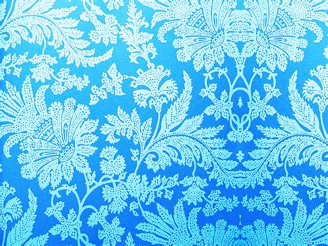damask bright blue wallpaper