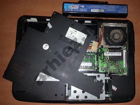 Fan Untuk Laptop membersihkan debu pada laptop untuk mencegah panas berlebih overheat