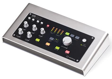 Sound Audio Controlerusb steinberg ur28m